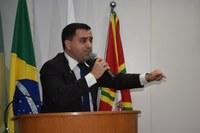Bruno questiona Executivo sobre contratação de uma prima da prefeita por 42 mil reais