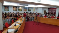 Câmara aprova projeto que reajusta salário dos educadores de Frutal