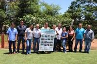 Pró-mananciais e Colmeia já plantaram 8 mil mudas ao longo do ribeirão Frutal